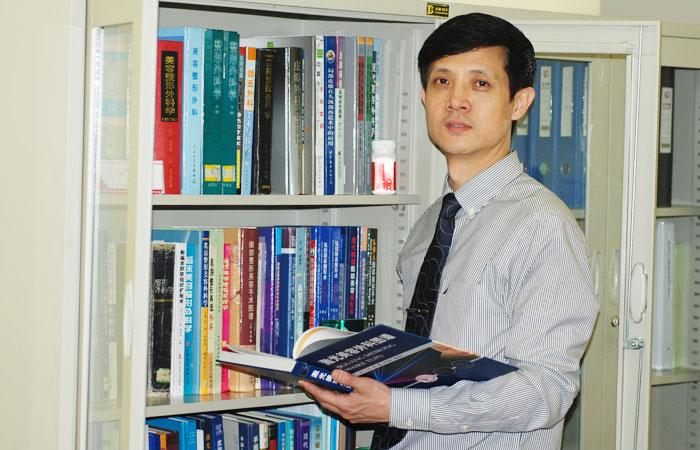 广州军区广州总医院整形外科李勤主任谈激光美容