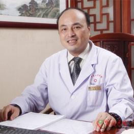 广东省第二中医院针灸康复科三病区主任 秦敏教授