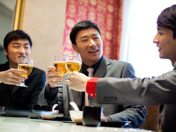 饮酒、熬夜……都会导致肝损伤