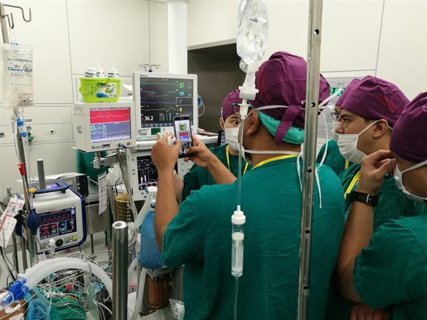培训班符合一带一路的国家政策,更加促进了亚澳地区临床麻醉管理交流,推动了亚澳地区前沿技术的交流和传播。点此进入《第五届麻醉可视化技术培训班》活动文字报道