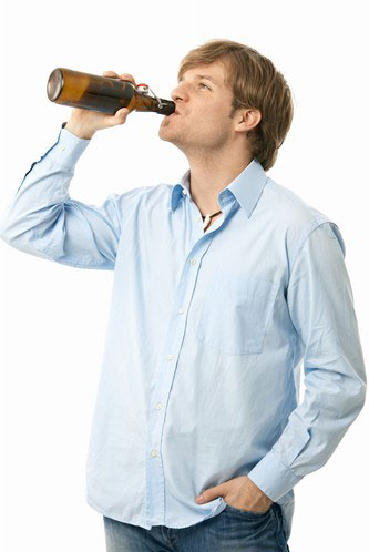 这样喝酒最易的酒精肝