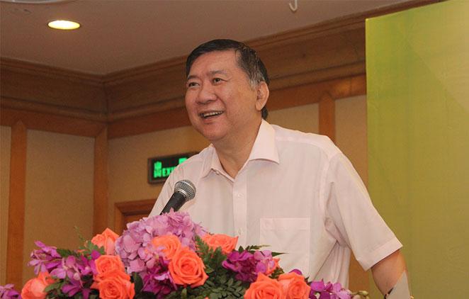 林曙光院长:用心为老百姓提供更多的医疗服务
