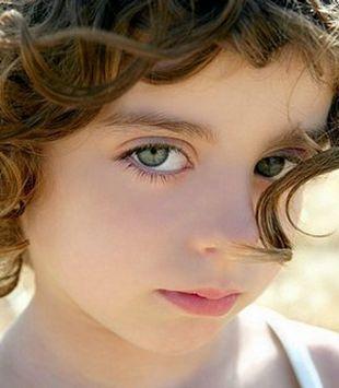 为什么小孩子频繁眨眼?