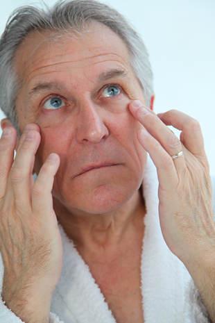 糖尿病眼病需及时检查 防治需注意这些