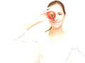 巧用西红柿祛斑