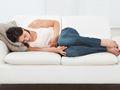 女性日常生活中怎样可以改善痛经?