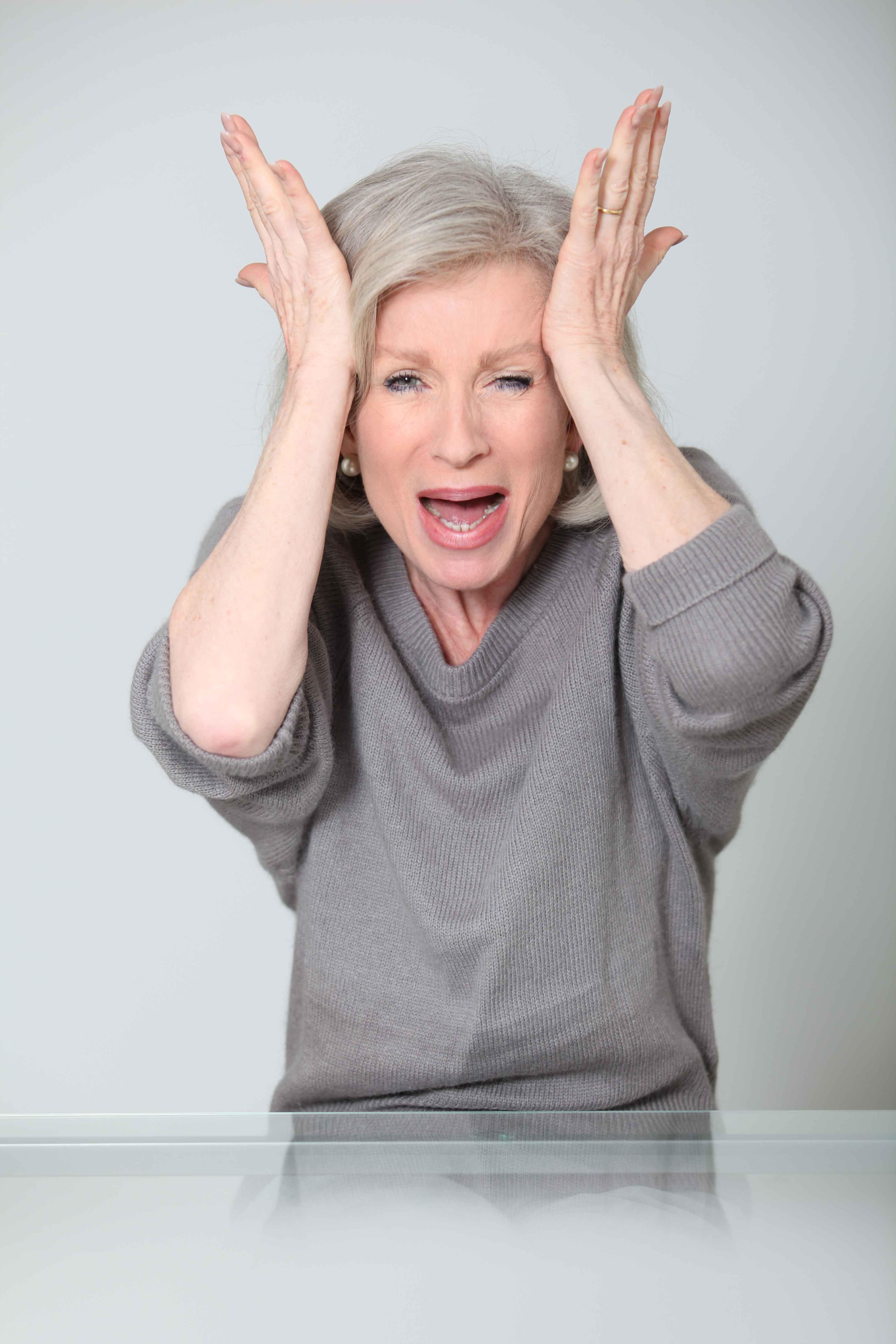 常头痛可能是青光眼症状 青光眼保健指南