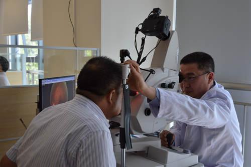 中山眼科中心用AI诊断糖网准确率达95%  糖友未来不去医院就能享受!