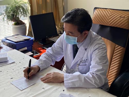我国首款肿瘤电场治疗开出广东首张处方,胶质母细胞瘤患者率先获益