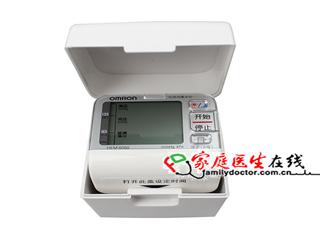 欧姆龙 电子血压计(自动电子血压计)