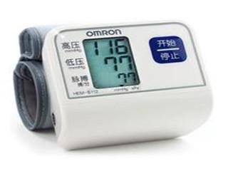 欧姆龙 智能电子血压计HEM-6112