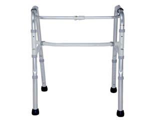 三脚带凳助行器