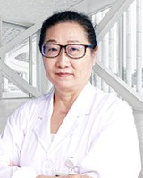 田哲 副主任医师 乳腺外科 中华医学会会员 中国抗癌协会理事